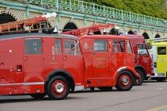 cinquantaseiesima Londra a Brighton Run dei veicoli industriali fotografia stock