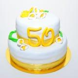 Cinquante ans de gâteau d'anniversaire de mariage Photo libre de droits