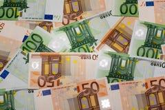 Cinquante euro billets de banque et cent Ba d'euro Image stock