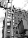 cinquante-septième coin de la rue, nyc sévère de place d'Isaac Images libres de droits