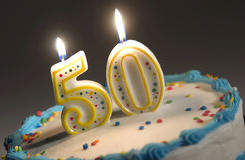 cinquantesimo torta di compleanno Immagini Stock