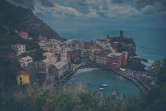 cinque το διάσημο Λα της Ιταλίας κοντά στο spezia θάλασσας θέσεων terre τουριστικό ποικίλλει το vernazza στοκ φωτογραφία με δικαίωμα ελεύθερης χρήσης