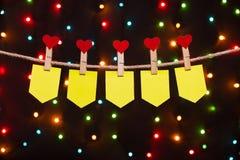 Cinque bandiere di festa con i cuori Immagini Stock