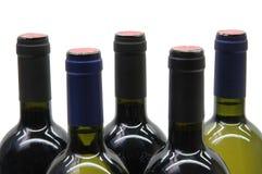Cinque bottiglie di vino fotografia stock libera da diritti