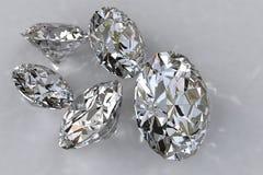 Cinque diamanti allentati Fotografie Stock Libere da Diritti