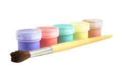 Cinque latte delle benne della vernice Fotografia Stock