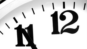 Cinque minuti alla mezzanotte - lasso di tempo royalty illustrazione gratis