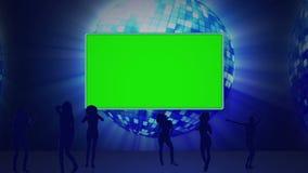Cinque schermi nella chiave di intensità contro una palla della discoteca archivi video