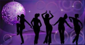 Cinque siluette ballanti delle donne sulla priorità bassa della discoteca Immagine Stock Libera da Diritti