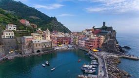 Cinque Terre - l'Italie - le Vernazza photographie stock libre de droits