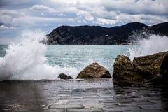 Cinque Terre, vagues Images libres de droits