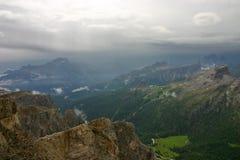 Cinque Torri od Monte Lagazuoi po deszczu Obraz Royalty Free