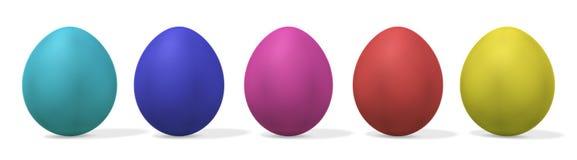 Cinque uova di Pasqua - con il residuo della potatura meccanica Fotografia Stock