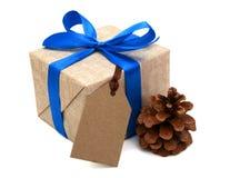 Cinta azul envuelta regalo Fotos de archivo libres de regalías