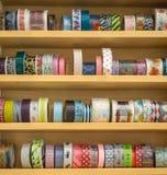 Cinta colorida para el regalo y la decoración de la tarjeta de felicitación fotografía de archivo libre de regalías