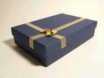 Cinta del oro sobre el rectángulo azul - ornamentos Foto de archivo