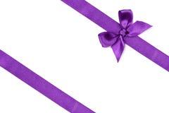 Cinta púrpura con el arco Imagen de archivo libre de regalías