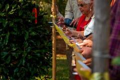 Cinta que corta el parque de naturaleza del lago moccasin de la ceremonia imagen de archivo libre de regalías