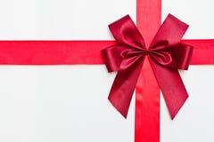 Cinta roja del regalo Fotografía de archivo libre de regalías