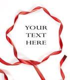 Cinta roja en el fondo blanco Imagenes de archivo