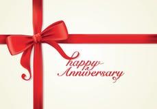 Cintas y tarjeta de felicitación rojas, arcos, Año Nuevo, aniversario Foto de archivo libre de regalías