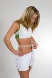 Cintura de medição da mulher Fotos de Stock Royalty Free