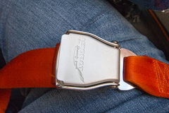 Cintura di sicurezza su Seat in aeroplano Fotografia Stock Libera da Diritti