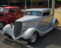 Cinza Ford Three Window Coupe 1933 fotografia de stock