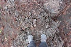 Cinza preta e vermelha, vale dos montes, após a erupção vulcânica Imagem de Stock