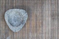 Cinzeiro em panos tecidos Imagens de Stock