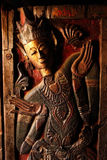 Cinzeladura de madeira, estilo do norte de Tailândia Imagens de Stock