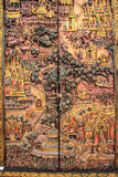 Cinzelando imagens no armário (cultura de Tailândia) Foto de Stock Royalty Free