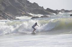 Cinzelando o Pacífico frio, praia do impulso do La, Washington Imagem de Stock Royalty Free