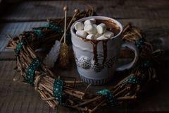 Cioccolata calda in una tazza Immagine Stock Libera da Diritti