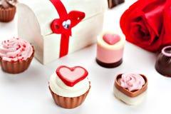 Cioccolato assortito a forma di cuore Fotografie Stock Libere da Diritti