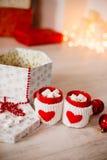 Cioccolato caldo con le caramelle gommosa e molle Fotografie Stock