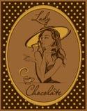 Cioccolato caldo L'etichetta per la bevanda Retro immagine Ragazza elegante in un cappello annata Pagina con i pois Vettore illustrazione vettoriale