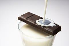 Cioccolato con latte Fotografie Stock Libere da Diritti