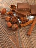 Cioccolato, dadi e spezia Immagini Stock Libere da Diritti