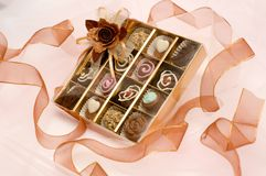 Cioccolato del biglietto di S. Valentino fotografia stock