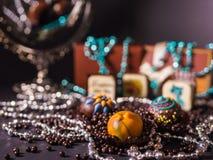 Cioccolato e palle casalinghi del cioccolato Immagine Stock