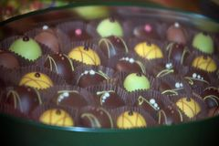 Cioccolato fatto a mano in una scatola Fotografia Stock