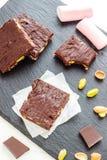 Cioccolato fondente Rocky Road - dessert Fotografia Stock Libera da Diritti