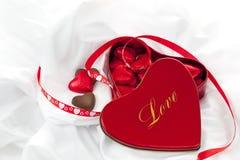 Cioccolato per il vostro amore al giorno di biglietti di S. Valentino Fotografie Stock