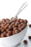 Ciotola con le sfere del cioccolato isolate Fotografia Stock