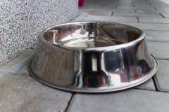 Ciotola d'argento del cibo per cani Immagine Stock Libera da Diritti