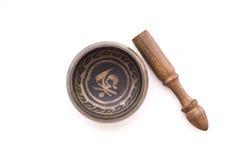 Ciotola del rame di scripture del Tibet immagine stock