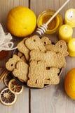 Ciotola di biscotti di speculaas Fotografie Stock Libere da Diritti