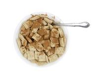 Ciotola di cereale del frumento con cannella Fotografia Stock
