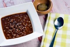 Ciotola di fagioli in salsa Fotografia Stock Libera da Diritti